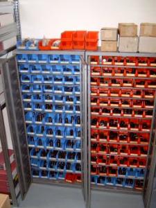Werkzeuglager Stempel und Matrizen MUBEA Muhr und Bender